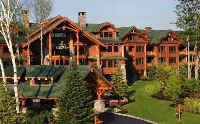 Independent Whiteface Lodge Exterior