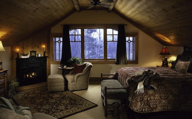 Independent Whiteface Lodge Master Bedroom