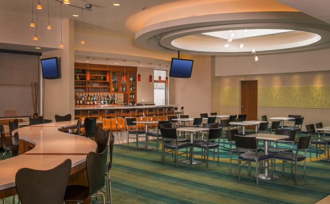 Spring Hill Suites Laguardia Lounge
