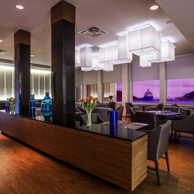 Courtyard By Marriott St Johns Newfoundland Dining Room