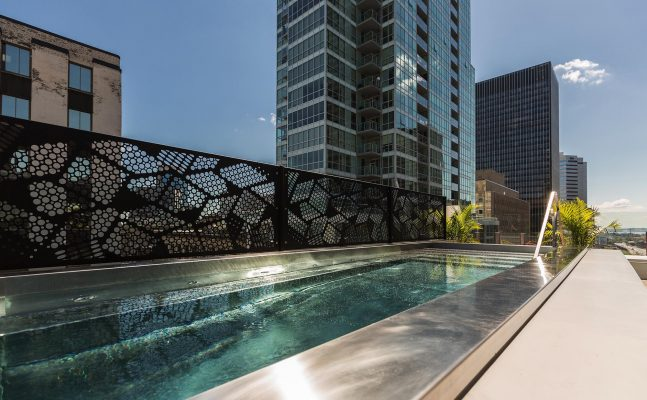 Renaissance By Marriott Montreal Pool