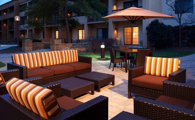Courtyard By Marriott Dayton Outdoors 1