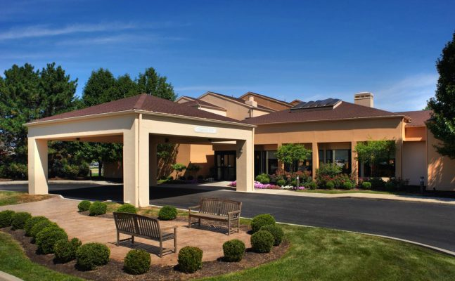 Courtyard By Marriott Toledo Exterior